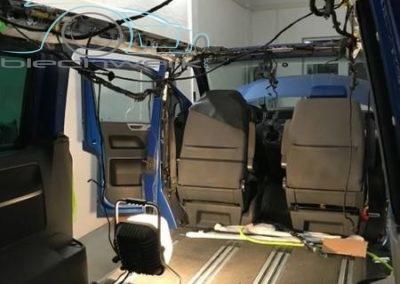 Fahrzeug Innenarbeiten Aufstelldach