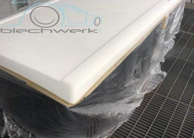 Reimo Dach Einbau am VW Vorarbeiten Lackierung