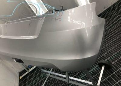 Stossfaenger-metallic-lackiert